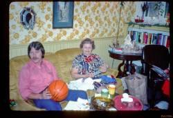 Highlight for Album: JNS Family Tray 04 75-76